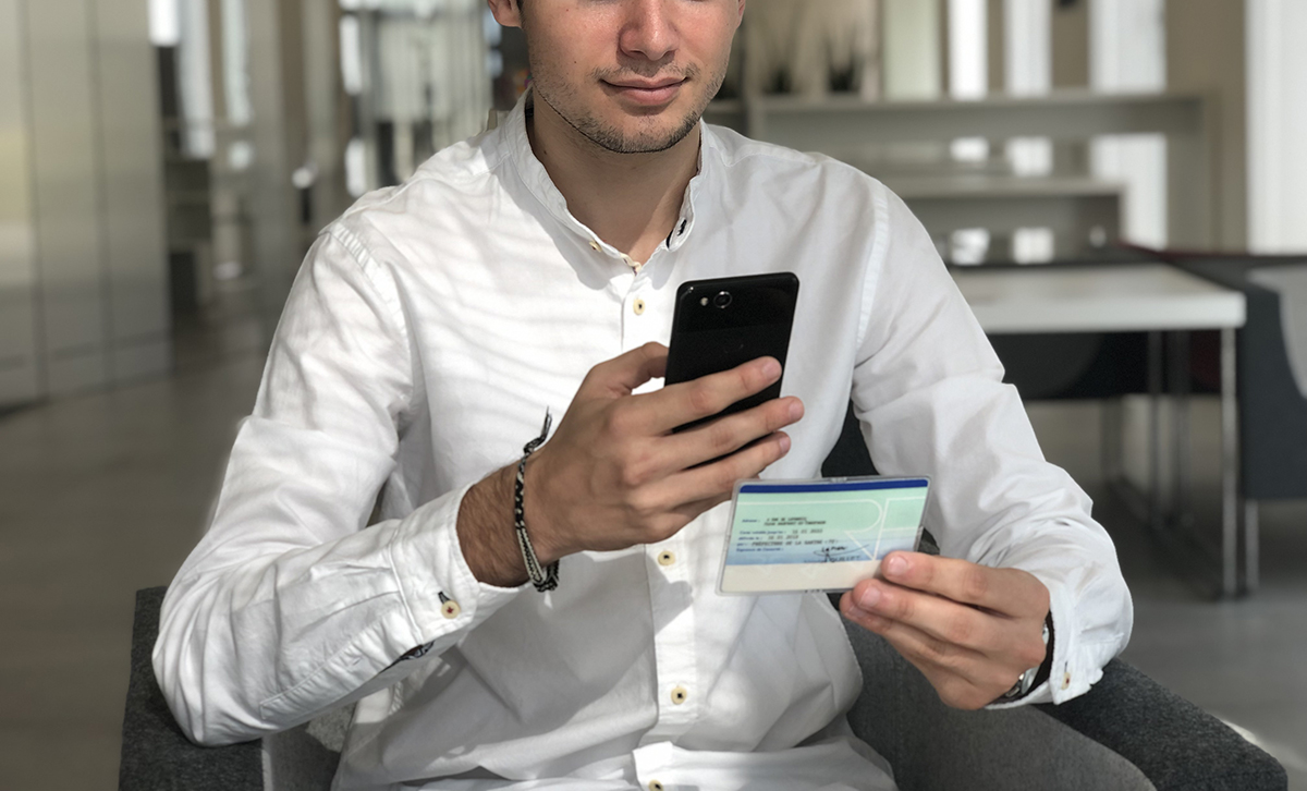 Verification de carte d'identité